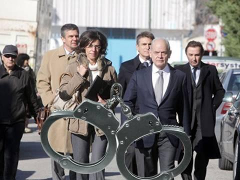 Την βίαιη προσαγωγή των συγγενών Παπακωνσταντίνου ζητά η Προανακριτική