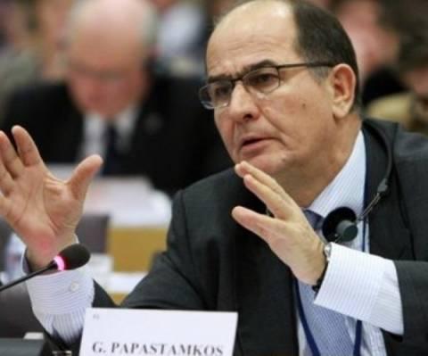 Σοβαρή η κατάσταση του Γ.Παπαστάμκου-Λιποθύμησε στο ευρωκοινοβούλιο