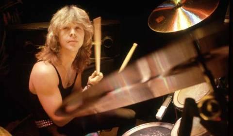 Πέθανε ο πρώην drummer των θρυλικών Iron Maiden