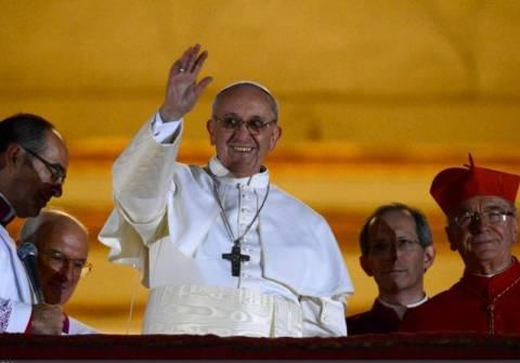 Νέος Πάπας: Μην έρθετε στη Ρώμη, δώστε τα χρήματα στους φτωχούς