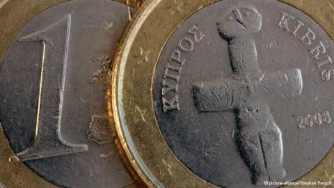 Spiegel: H Μέρκελ «φρενάρει» το ζήτημα της Κύπρου