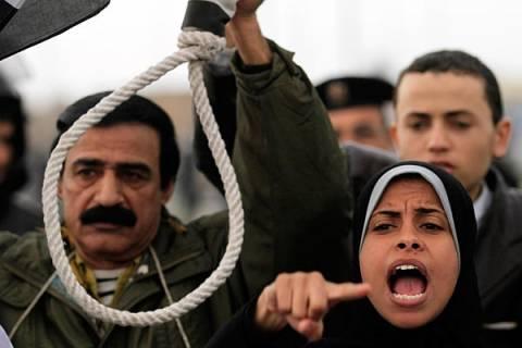 Αίγυπτος: Χωρικοί ξυλοκόπησαν μέχρι θανάτου δύο ύποπτους κακοποιούς