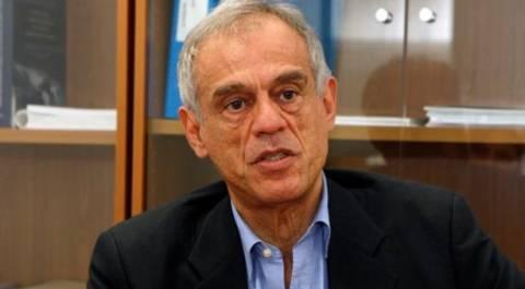 «Να παραιτηθεί ο υπουργός Οικονομικών της Κύπρου»