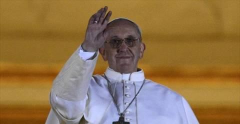 Πυρετώδεις προετοιμασίες για την ενθρόνιση του Πάπα Φραγκίσκου (pics)