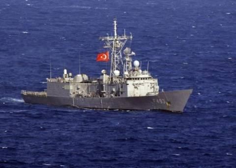 Βόρεια της Κρήτης πλέει η τουρκική κορβέτα