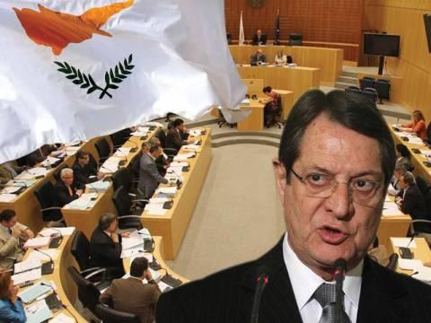 Τα εναλλακτικά σενάρια για την Κύπρο μετά το ιστορικό «ΌΧΙ»