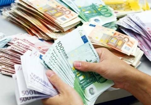 Φραγμό στα μπόνους των τραπεζιτών βάζει η Ευρωπαϊκή Ένωση