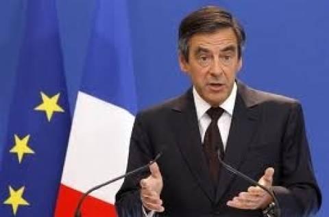 Φιγιόν: Επικρίνει τους Ευρωπαίους για το σχέδιο διάσωσης της Κύπρου.