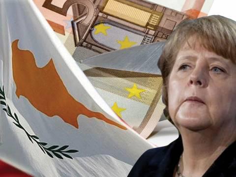 Η γερμανική μπότα πατάει στο λαιμό την Κύπρο