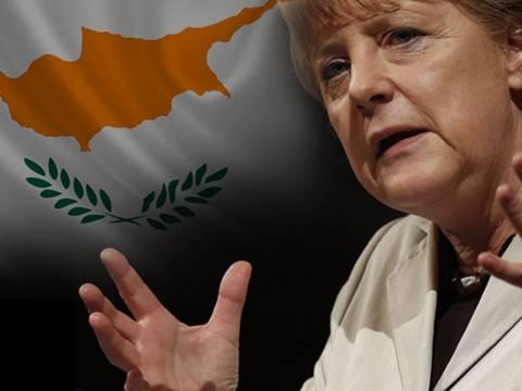 Mέρκελ: Να μην δοκιμάζει την υπομονή των εταίρων της η Κύπρος