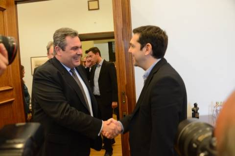 Π. Καμμένος: Οι Έλληνες της Κύπρου δεν είναι μόνοι τους