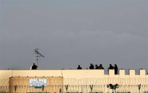 Δείτε: Βίντεο – Ντοκουμέντο από την απόδραση στις φυλακές Τρικάλων
