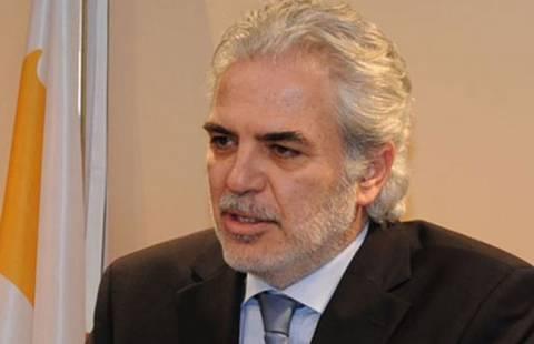 «Αν δεν υπάρξει συμφωνία, η Κύπρος θα χρεοκοπήσει»