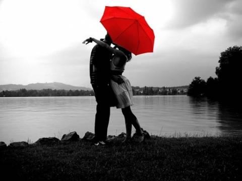 12 σημάδια που δείχνουν ότι αρχίζεις να ερωτεύεσαι