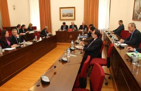 Νέα παράταση μέχρι 15 Απριλίου ζητούν οι βουλευτές στην Προανακριτική