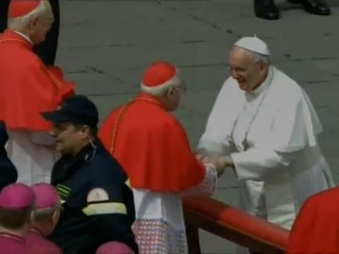 Δείτε Live τη λειτουργία του Πάσχα στο Βατικανό