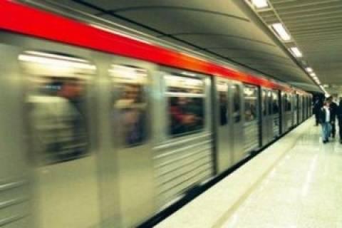 Νεκρός ο άνδρας που έπεσε στις γραμμές του Μετρό