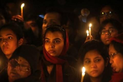 Ινδία: Επίθεση με οξύ δέχτηκαν 4 αδελφές