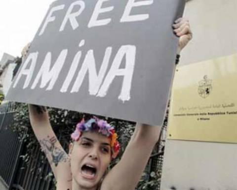 Γυμνόστηθες φεμινίστριες διαδήλωσαν στη Βραζιλία