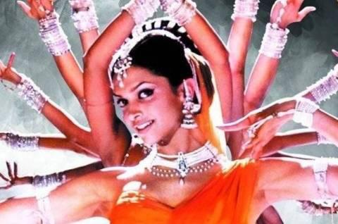 Τα ζόμπι καταλαμβάνουν και το Bollywood!