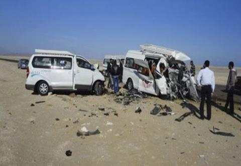 Μετωπική σύγκρουση οχημάτων με 18 νεκρούς