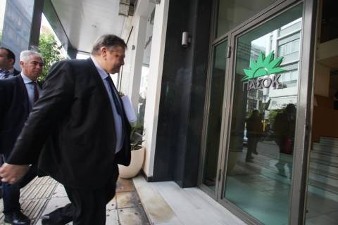 Βενιζέλος: «Αγκάθι» οι απολύσεις – Πρέπει να αποφύγουμε τα νέα μέτρα