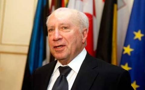 Σκόπια: Ουδέν σχόλιο για την πρόταση Νίμιτς