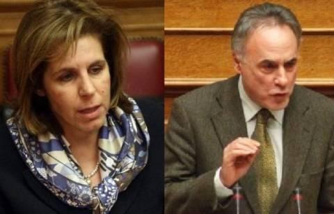 ΠΑΣΟΚ και ΔΗΜΑΡ επιτίθενται στον ΣΥΡΙΖΑ για τα περιστατικά της Βουλής