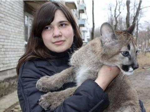 Δε θα πιστέψετε τι φιλοξενεί στο σπίτι της μία 23χρονη Λιθουανή ...