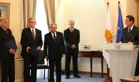 Κύπρος: Την Παρασκευή αρχίζουν οι ακροάσεις στην ερευνητική επιτροπή