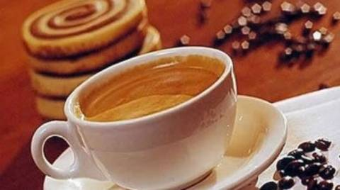 Η ιστορία του ελληνικού καφέ