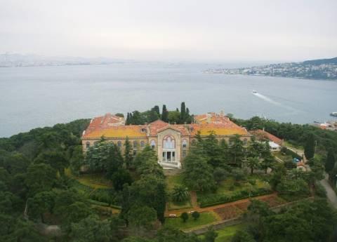 ΗΠΑ προς Τουρκία: Ανοίξτε τη Θεολογική Σχολή της Χάλκης