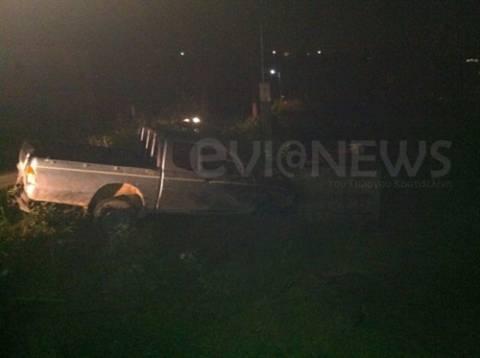 Αυτοκίνητο έπεσε πάνω σε στάβλο (pics)