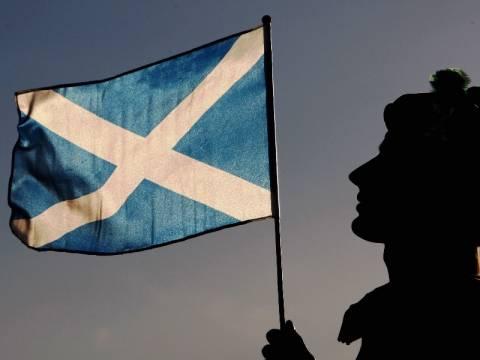 Σκωτία: Ανεξαρτητοποίηση, στερλίνα, ευρώ ή δικό της νόμισμα...