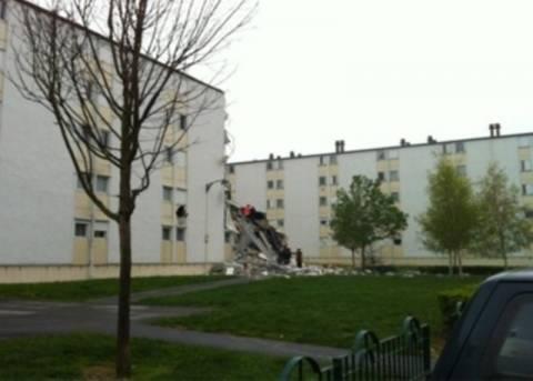 Δύο νεκροί και εννέα τραυματίες από έκρηξη σε πολυκατοικία