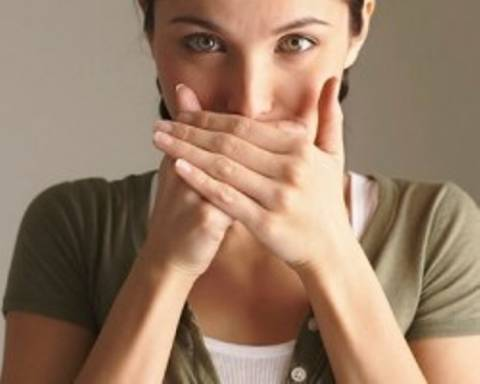Πως θα καταπολεμήσετε τη δυσάρεστη αναπνοή