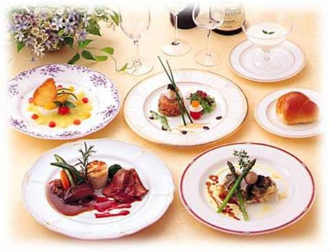 Αναζητούν σεφ με... 34.000 ευρώ το χρόνο