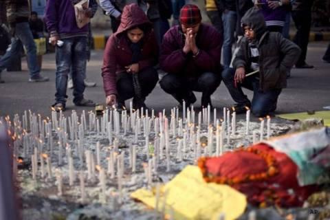 Πέθανε το 4χρονο κοριτσάκι που βίασαν στην Ινδία