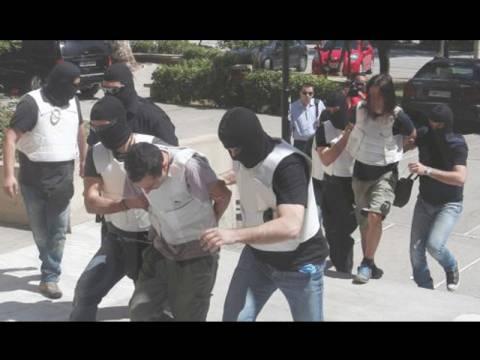 Πώς η αντιτρομοκρατική εντόπισε τους 2 καταζητούμενους για τρομοκρατία