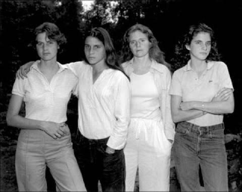 Φωτογραφίζονται μαζί κάθε χρόνο από το 1975 (pics)
