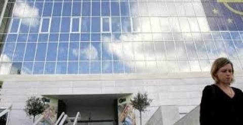 Σενάρια για συγχωνεύσεις τραπεζών και πωλήσεις θυγατρικών στην Κύπρο