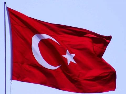 Θέλουν να γεμίσουν την Ελλάδα με τουρκικές σημαίες