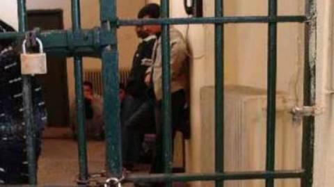 ΣΥΡΙΖΑ: Άθλιες οι συνθήκες κράτησης στα Αστυνομικά Τμήματα