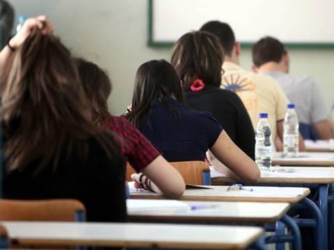 Πιθανή επιστράτευση καθηγητών αν γίνει απεργία στις Πανελλαδικές