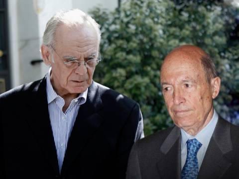 ΑΠΟΚΛΕΙΣΤΙΚΟ: Σε τρία στελέχη του ΠΑΣΟΚ τηλεφώνησε ο Άκης