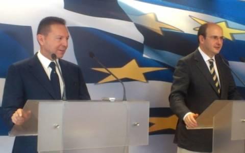 Παρεμβάσεις για αποκλιμάκωση τιμών ανέφεραν Στουρνάρας-Χατζηδάκης