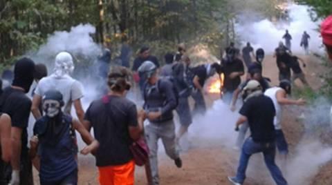 Σκουριές: Τραυματίστηκαν οκτώ αστυνομικοί
