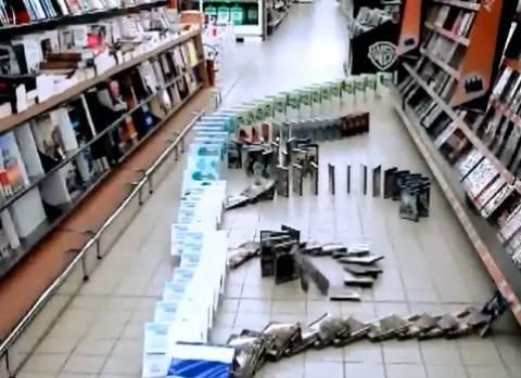 Βίντεο: Το πιο τρελό ντόμινο της ιστορίας...