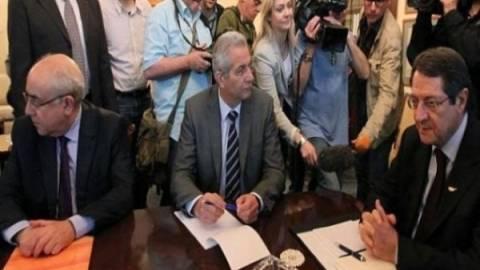 Κύπρος:Έξοδο από το μνημόνιο-εντός ευρώ-αποφάσισε το Εθν. Συμβούλιο