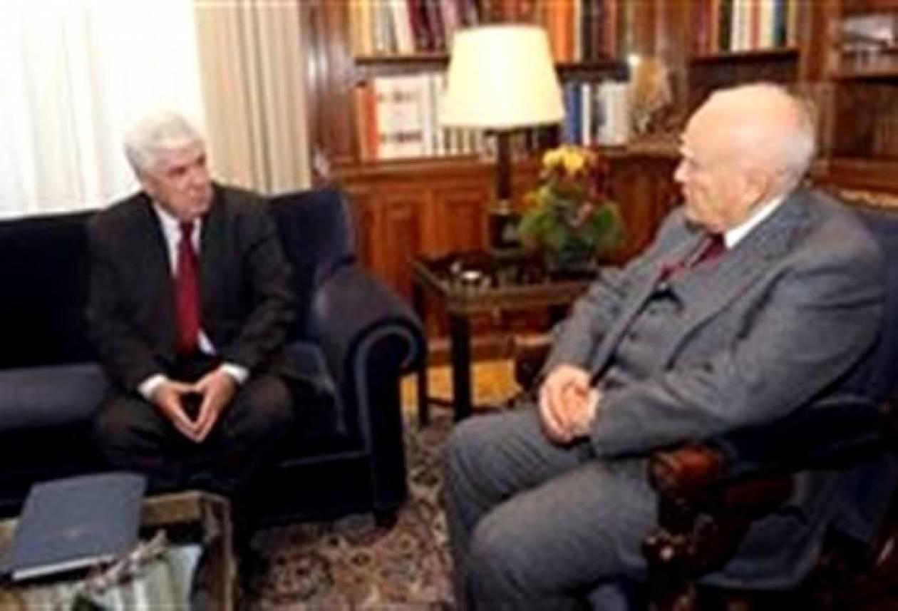 Συνάντηση Παπούλια-Τσαυτάρη στο Προεδρικό Μέγαρο